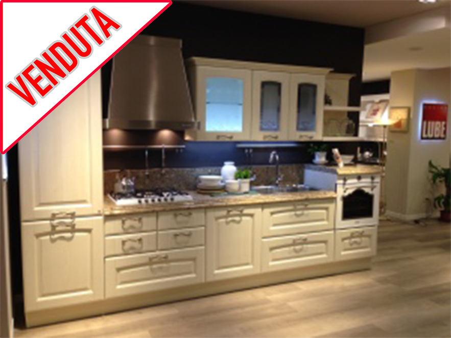 Cucina Veronica – Offerta EXPO - Cucine Lube Roma - DFG Arredamenti